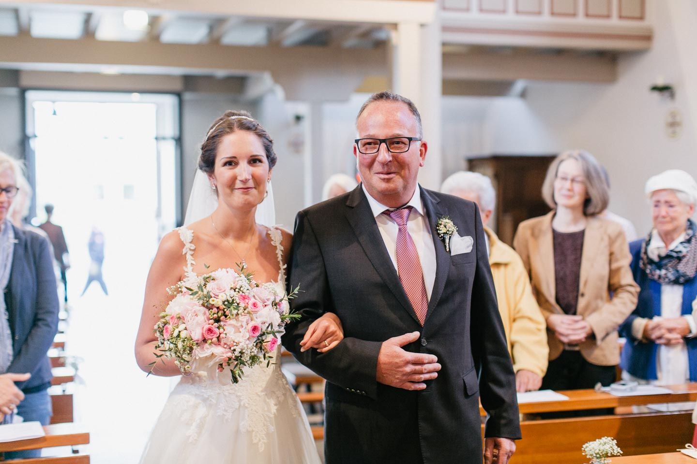 Hochzeit_Engelskirchen_Vanessa_Esau_Fotografie (26)